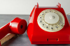 Красный ретро телефон Стоковые Фото