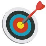 Красный дротик ударяя цель Стоковая Фотография