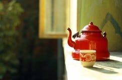 красный сбор винограда чайника Стоковое фото RF