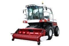 Красный современный зернокомбайн стоковое изображение rf