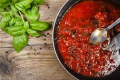 Красный соус сделанный из высушенных томатов Стоковое фото RF