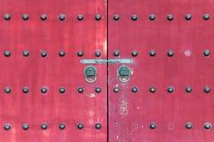 Красный строб в китайском виске Стоковые Фото