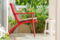 Красный стул Стоковые Изображения