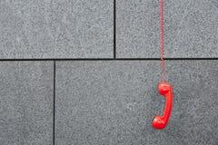 Красный телефон звонка emercency Стоковое фото RF