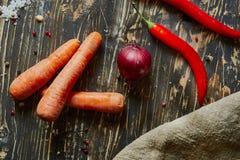 Красный лук, морковь, chili Стоковая Фотография RF