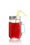 Красный фруктовый сок в опарнике Стоковая Фотография