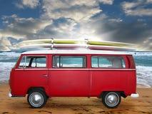 красный фургон сбор винограда Стоковая Фотография