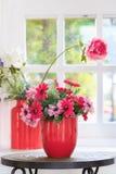 Красный цветок вазы Стоковая Фотография
