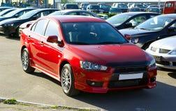 красный цвет автомобиля Стоковые Изображения