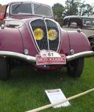 красный цвет автомобиля старый Стоковые Фотографии RF