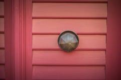 красный цвет двери старый Стоковые Фото