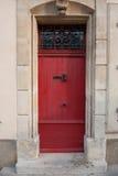 красный цвет двери старый Стоковые Изображения RF