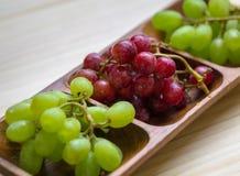 красный цвет виноградин зеленый Стоковое фото RF
