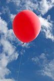 красный цвет воздушного шара стоковые фото