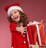 красный цвет девушки подарка коробки открытый Стоковые Изображения RF