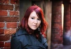 красный цвет девушки головной стоковая фотография