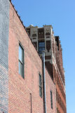 красный цвет здания кирпича промышленный Стоковые Изображения RF