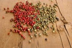 красный цвет зеленого перца Стоковые Фото