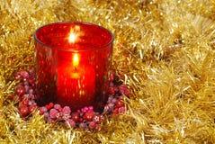 красный цвет золота гирлянды свечки Стоковое Изображение RF