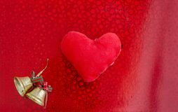 красный цвет иллюстрации сердца карточки предпосылки вы имеющийся вектор иллюстрации рождества колоколов Плоское положение Стоковые Фотографии RF