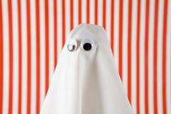 Красный цвет и белизна striped призраком Стоковые Фотографии RF