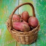 красный цвет картошек сырцовый Стоковые Фотографии RF