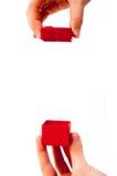 красный цвет коробки присутствующий Стоковое фото RF