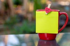 красный цвет кофейной чашки стоковые изображения rf