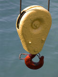 красный цвет крюка блока Стоковая Фотография