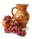 красный цвет кувшина виноградин Стоковые Изображения