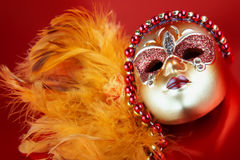 красный цвет маски масленицы предпосылки богато украшенный Стоковые Изображения