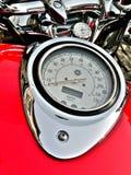 красный цвет мотовелосипеда приборной панели Стоковые Фото