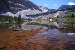 красный цвет озера замока Стоковая Фотография RF