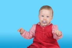 красный цвет платья ребенка Стоковая Фотография RF