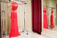 красный цвет платья Стоковое Фото