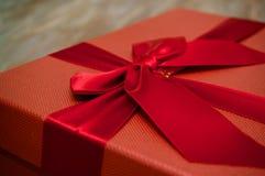 красный цвет подарка рождества коробки Стоковое фото RF