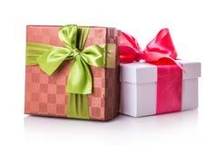 Красный цвет подарочной коробки зеленый Стоковое Фото