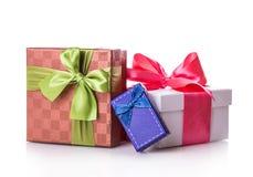 Красный цвет подарочной коробки зеленый Стоковая Фотография RF