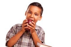красный цвет прелестной еды мальчика яблока испанский большой Стоковые Изображения RF