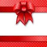 красный цвет примечания подарка карточки смычка Стоковые Фотографии RF