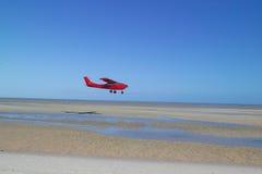красный цвет самолета стоковое изображение rf