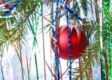 красный цвет света cristmas шарика Стоковое Изображение