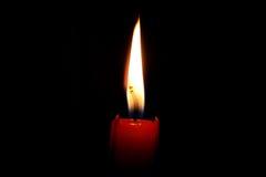 красный цвет свечки Стоковая Фотография