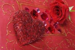 красный цвет сердца поднял Стоковое Изображение RF