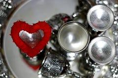 Красный цвет серебра формы сердца Стоковые Фотографии RF