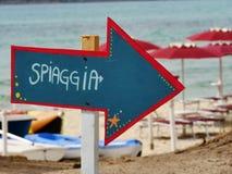 Красный цвет стрелки spiaggia Freccia голубой стоковое изображение