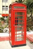 красный цвет телефона будочки классицистический Стоковые Фотографии RF