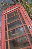 красный цвет телефона будочки Стоковая Фотография
