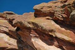 Красный цвет трясет геологохимическое образование Стоковое Изображение RF