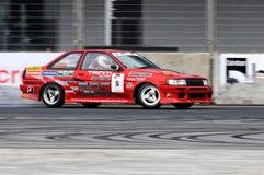 красный цвет формулы смещения coupe чемпионата перемещаясь Стоковая Фотография RF